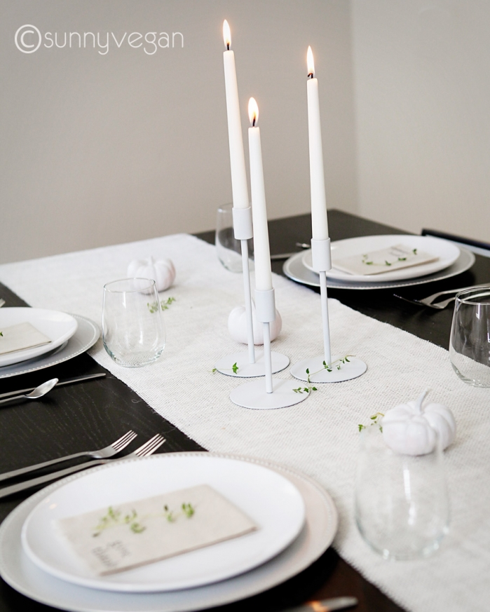 modern thanksgiving table idea white pumpkin burlap runner diy napkin